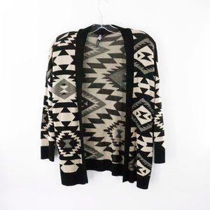 DEBUT Southwestern Open Cardigan Sweater